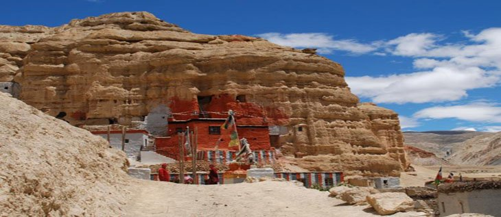 Upper Mustang, Saribung la pass and Nar phu valley trekking